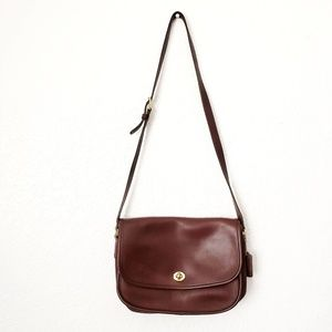Coach: Vintage Brown Leather Crossbody Saddle Bag